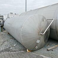 16000 Liter Rührwerkstank aus V2A mit Leitstrahlmischer