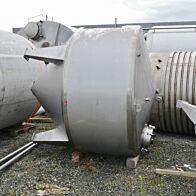 5000 Liter isolierter Konusbehälter aus V4A mit seitlichem Rührwerksflansch