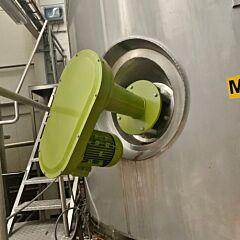 50000 Liter isolierter Rührwerksbehälter aus V2A mit Propellerrührwerk