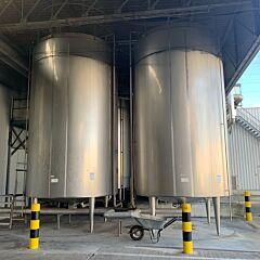 30000 liter heat-/coolable process tank with blade agitator