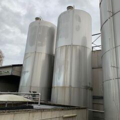 148000 Liter isolierter Lagertank aus V2A mit Propellerrührwerk