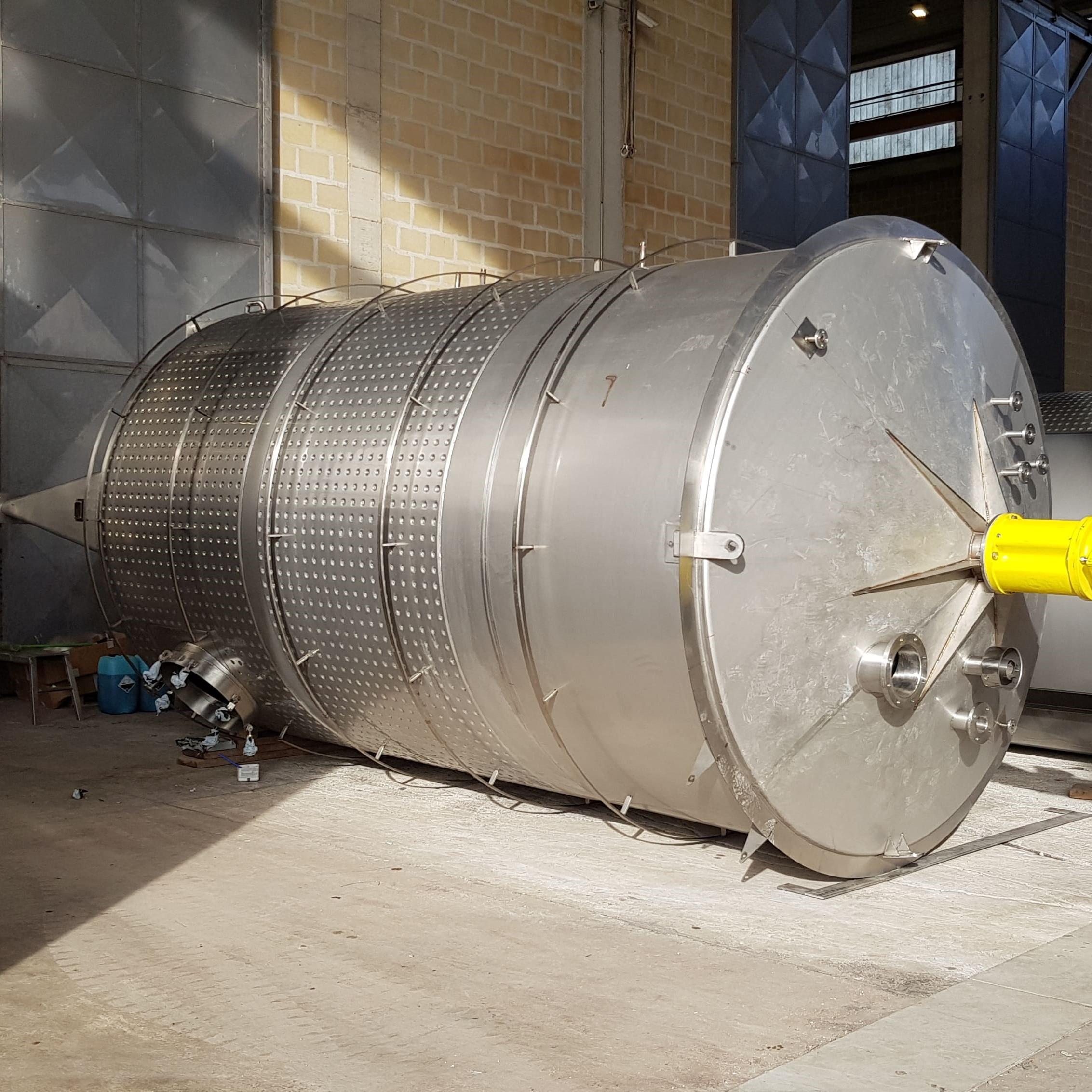 4x 30000 L mixing tanks & 3x 50000 L storage tanks